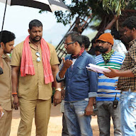 Right Right Working Stills