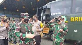 Panglima TNI dan Kapolri Gelar Pertemuan Tertutup di Hotel Rimba