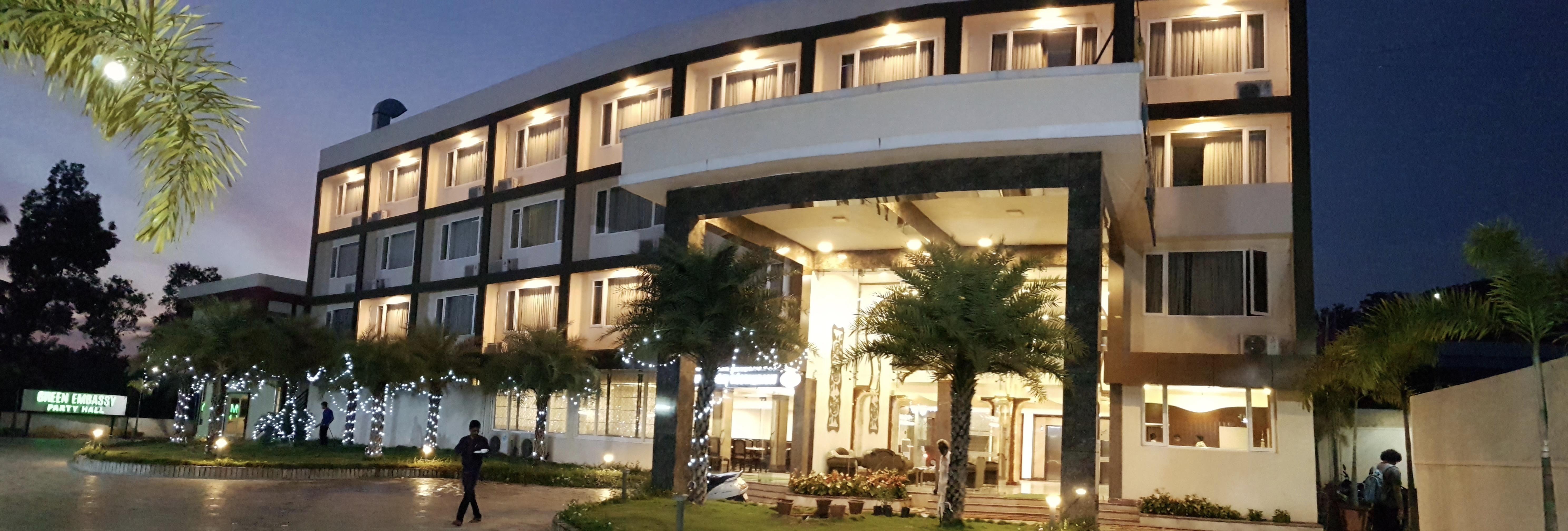 Green Embassy Hotel, Sagara