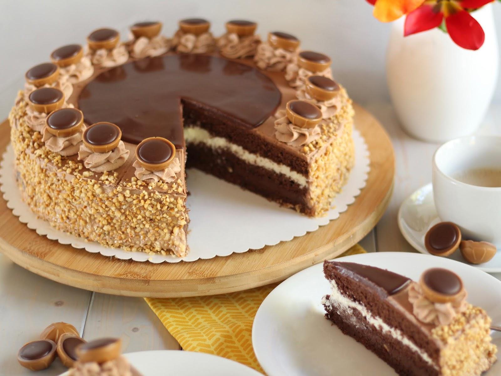 Mega leckere Toffifee-Torte mit viel Karamell, Nüssen und Schokolade! Rezept und Video von Sugarprincess
