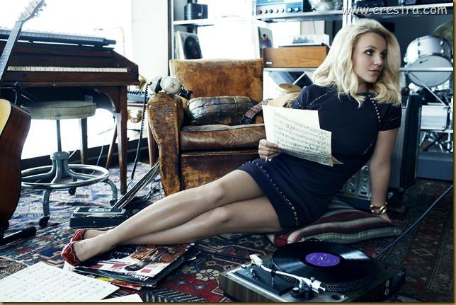 Britney (26)