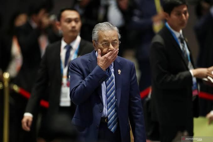 Breaking News! Mahathir Mohamad Mundur dari Jabatan PM Malaysia
