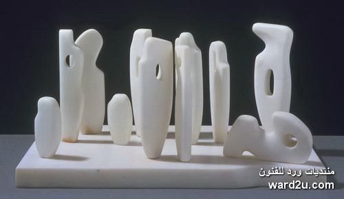 نحاته الفجوات والفتحات باربرا هيبورث Barbara Hepworth