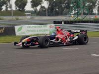 Toro Rosso a pályán.JPG