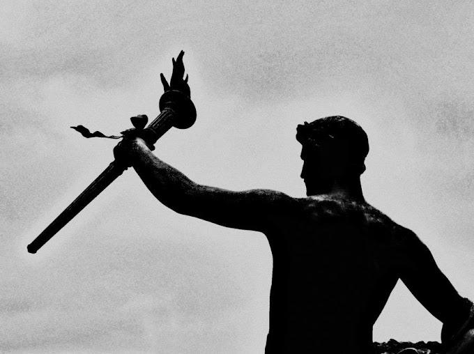 The Torchbearer || by Sandra Meribe