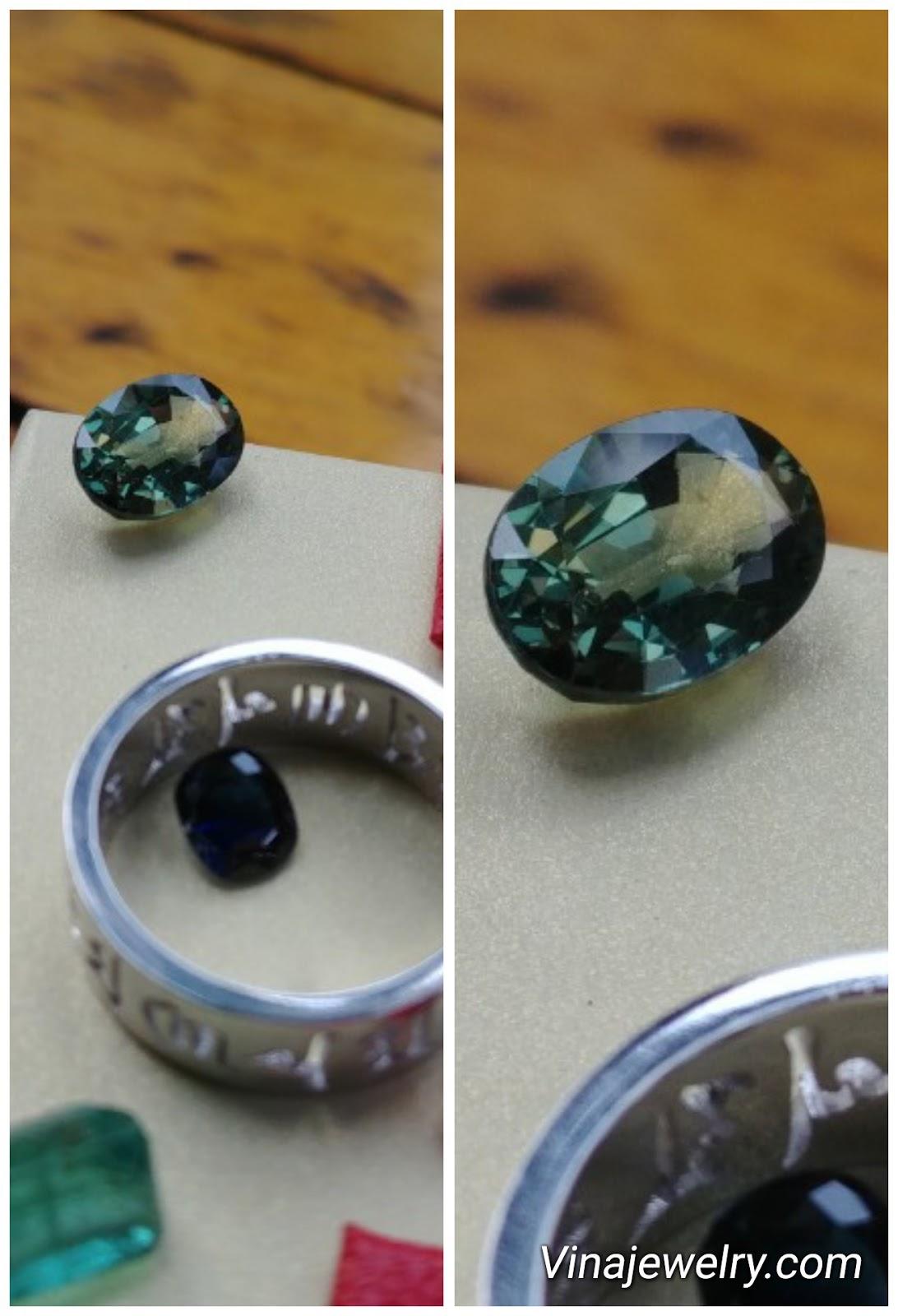 Đá Sapphire thiên nhiên 2.8cts, sạch tinh lửa mạnh