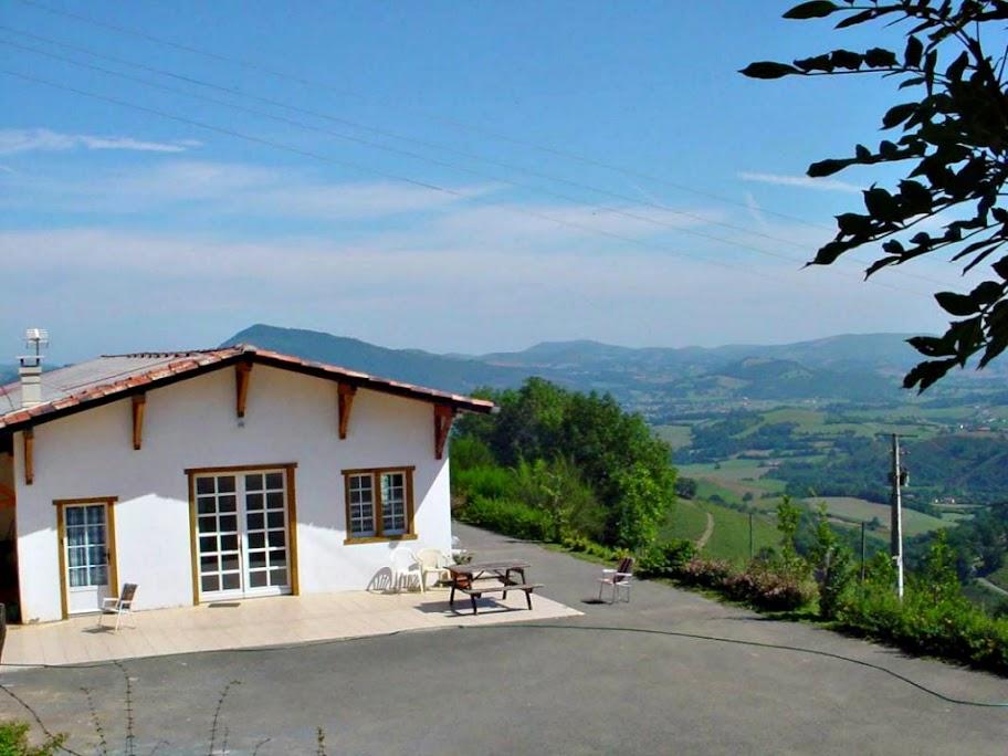Albergue Ferme Ithurburia, Huntto, Francia, Camino de Santiago