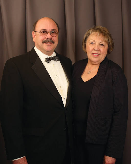 2010 Commodores Ball Portraits - Couple18A.jpg