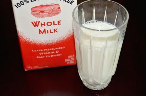 「牛乳」と「加工乳」の違いは?