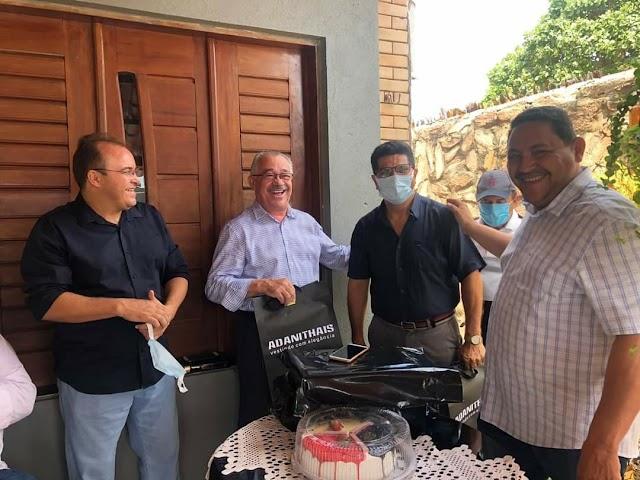 Pastor Elvis Alves da ADTC em Capistrano-Ce  comemora 51 anos de idade.