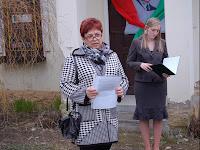 Szvorák Zsuzsanna  megyei képviselő (MKP) ünnepi beszéde.JPG