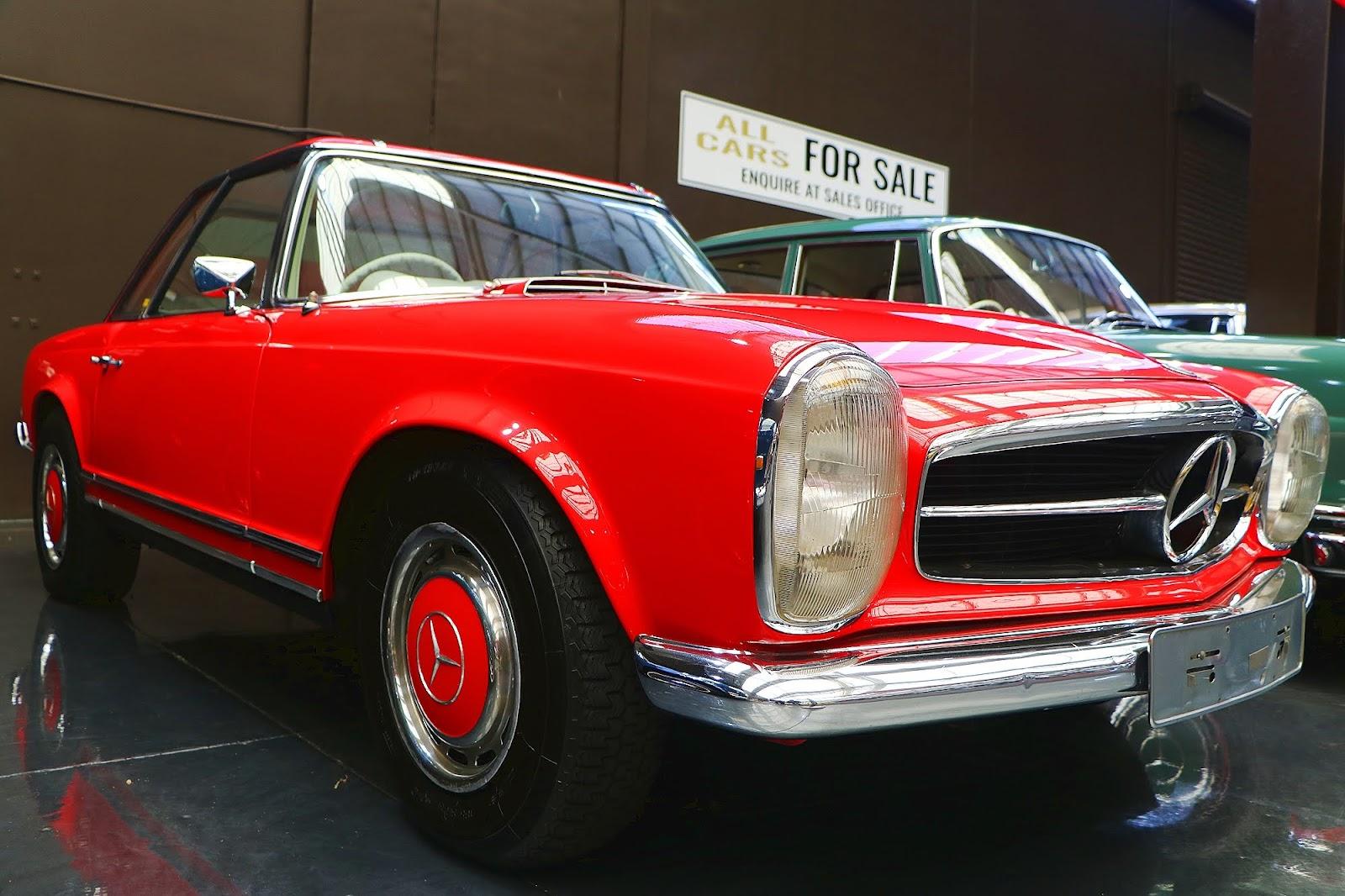 Mercedes 2-Door Pagoda-Roof Coupe (07).jpg