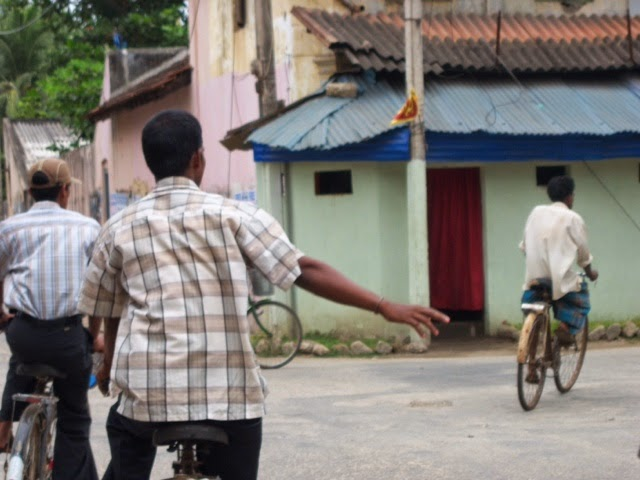 ஐ.நா. விசாரணையில் சாட்சியம் அளிப்போரின் பாதுகாப்பை உறுதிப்படுத்துக- சர்வதேச மனித உரிமை நிறுவனம் - தேன்கூடு | தமிழ் பதிவுகள் திரட்டி | Tamil Blogs Aggregator