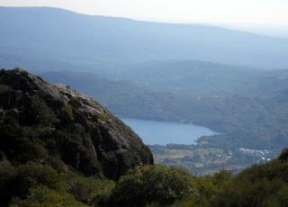 Lago de Sanabria desde el embalse de la Cárdena