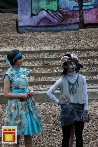 Alice in Wonderland, door Het Overloons Toneel 02-06-2012 (18).JPG