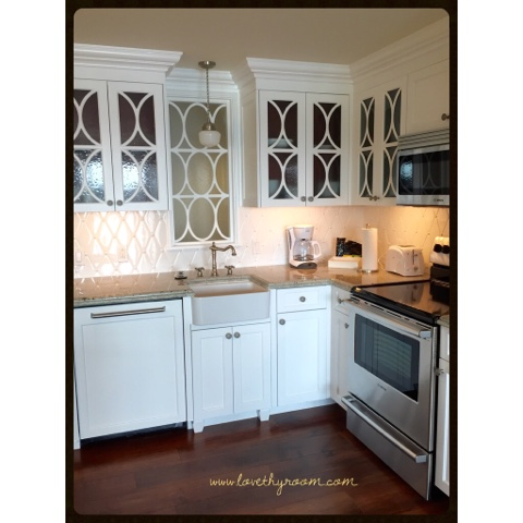 Letu0027s Take A Look At The GORGEOUS Victorian Era Inspired Kitchen.
