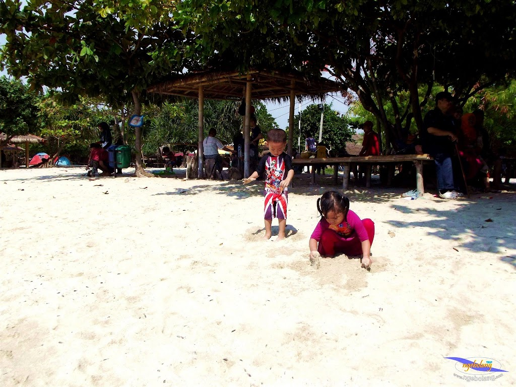 family trip pulau pari 090716 Fuji 048
