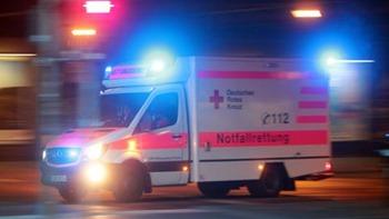 DRK_Rettungswagen_mit_Blaulicht