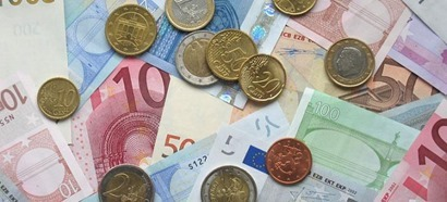 euro_coins_and_banknotes_3