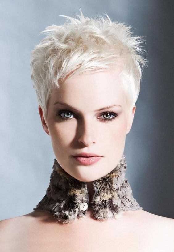 30+Super Women's Short Hairstyles ! Most Exclusive Wow 15