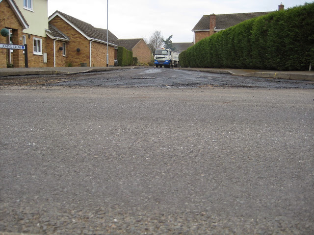 St Johns Close Resurfacing 23-03-2015. Pictures by Chris Cannon - IMG_1082.JPG