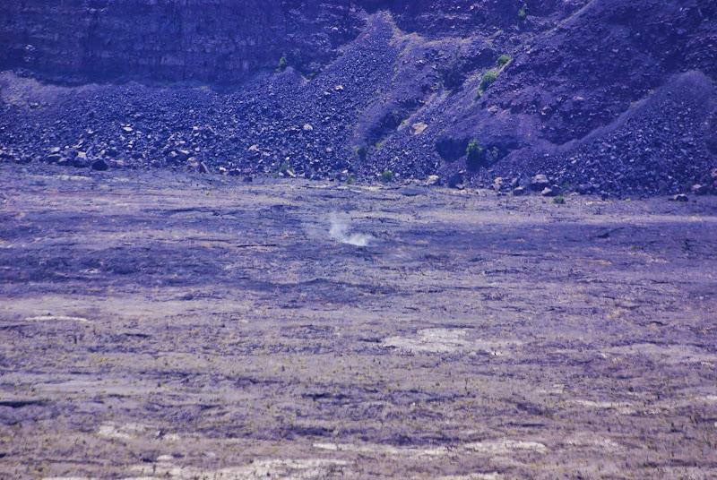 06-20-13 Hawaii Volcanoes National Park - IMGP5225.JPG