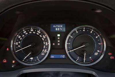 Lexus_IS_350_F_Sport_2011_07_1728x1152