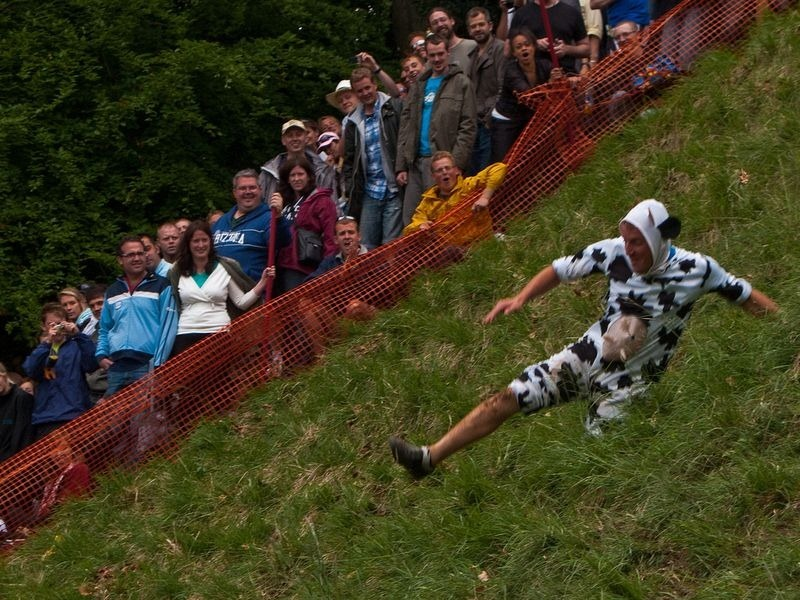 Cooper S Hill Cheese Rolling Amusing Planet