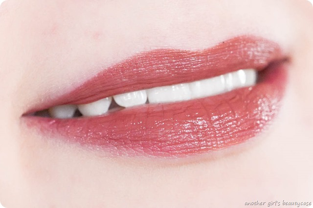 Astor Perfect Stay Fabulous Lipstick Fantastic Swatch_