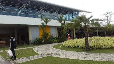Taman Depan Bandara Jambi