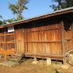 30 Villaggio di Yepu. Nuovo magazzino ultimato.jpg