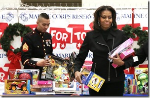 Michelle Obama Michelle Obama Helps Toys Tots x46F4vD17Url