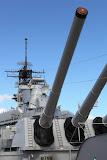 USS Missouri`s canons (© 2010 Bernd Neeser)