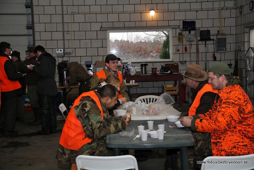 vossenjacht in de Bossen van overloon 18-02-2012 (24).JPG