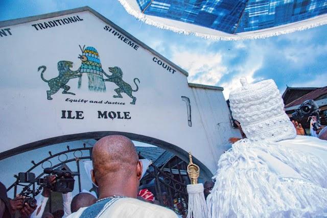OLOJO FESTIVAL 2021: OONI BEGINS 7 DAYS SECLUSION, SAYS POLITICIANS ARE THE SAME ~OMONAIJABLOG