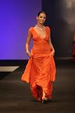 – Lpresentace nastavení 1 sec. ÉTO- NYMFY finále Top Styl Designer 2006 UNIVERSE VERSE UNI -střih bezezbytku - společenský oděv