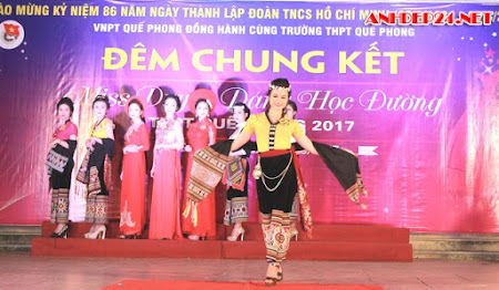 Nữ sinh dân tộc Thái thành Hoa khôi tại ngôi trường biên giới Việt - Lào