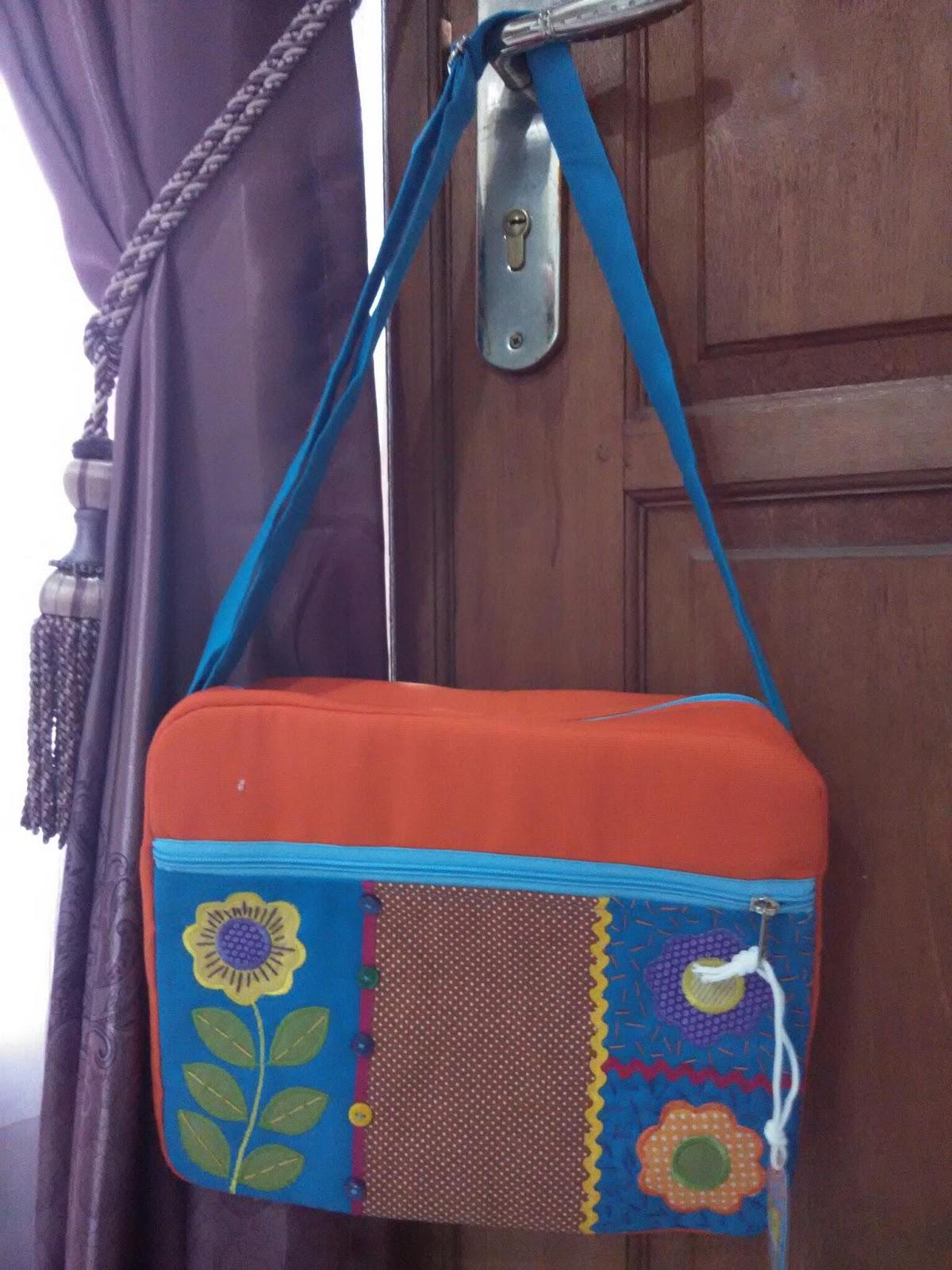Jual tas selempang tas sekolah anak play grup sampe Sd kelas 6 tas sekolah anak Smp