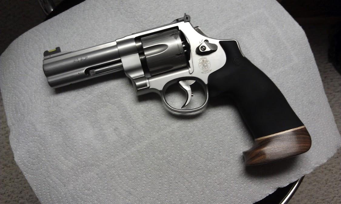 Best 625 Grips - Revolver Forum - Brian Enos\'s Forums... Maku mozo!