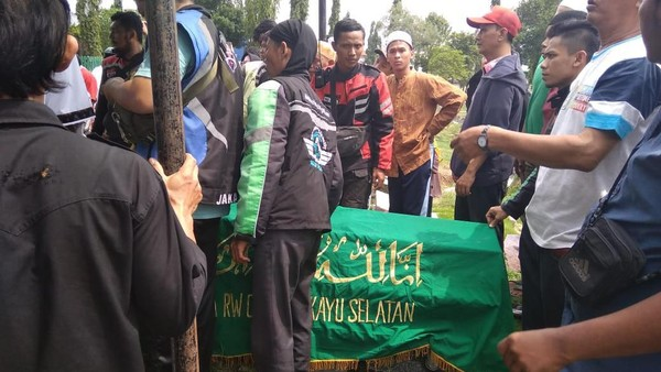 Kecelakaan Mobil vs Kereta di Bekasi, 7 Korban Habis Jenguk Adik
