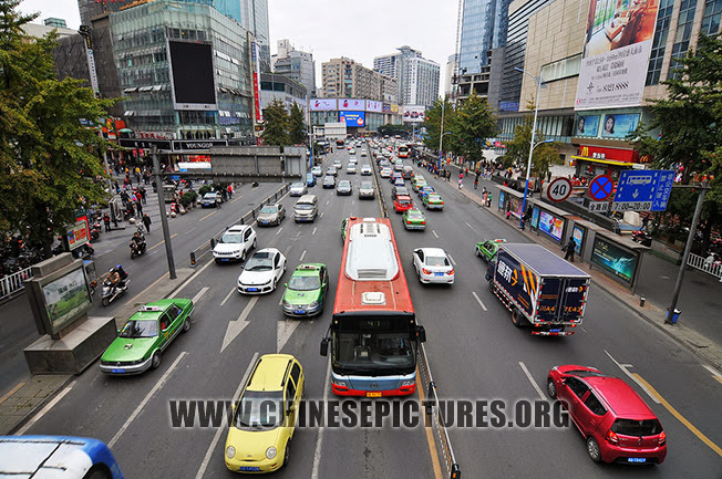 Chengdu Downtown Photo - Street
