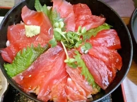 まぐろ丼定食¥780(【岐阜県羽島市】魚万うおまん)