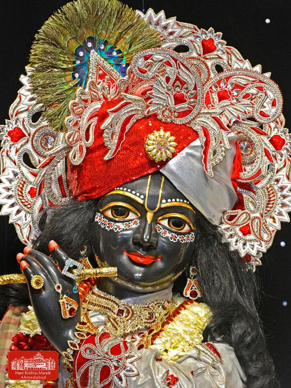 ISKCON Hare Krishna mandir Ahmedabad 10 Jan 2017 (2)