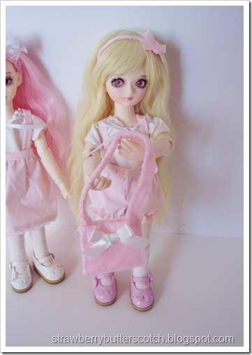 Cute pink outfits for yosd sized ball jointed dolls.