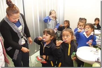 2018-17abr-tunja-en-equipo-promueve-la-higiene-oral-en-los-ninos