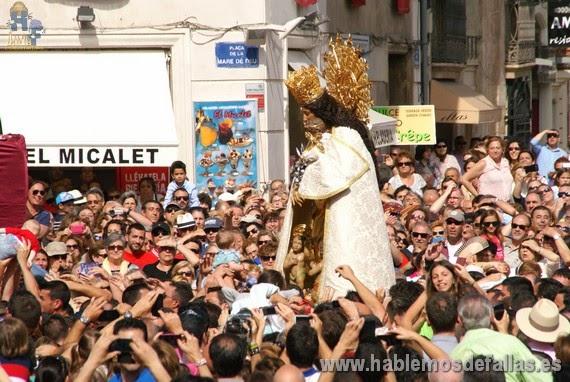 Relación entre las fiestas de las Fallas y la Virgen de los Desamparados