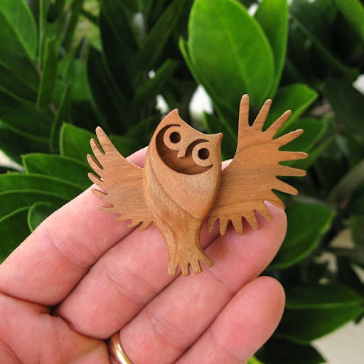 ******* Owl-Natural-Cherry-Wood-2