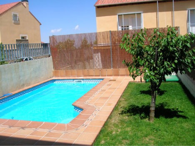 Alba piscinas com piscinas de poliester modelos coinpol for Piscinas coinpol
