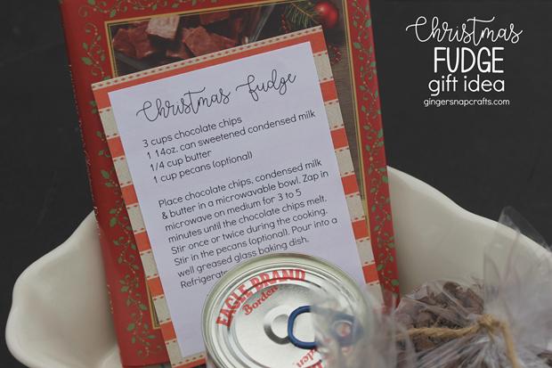 Christmas Fudge Gift Idea at GingerSnapCrafts.com #gift #giftideas #Christmas