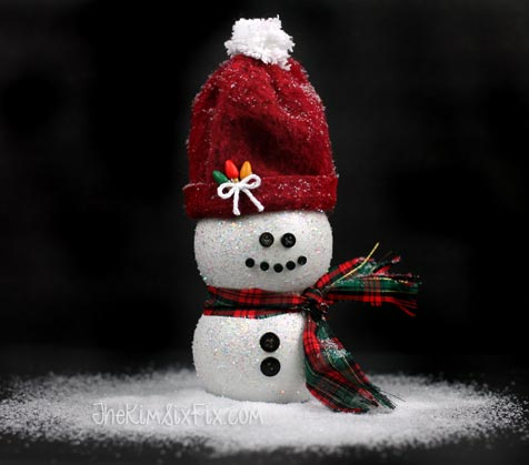 Snowman craft from pom bottle